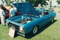 Niebieskie auto